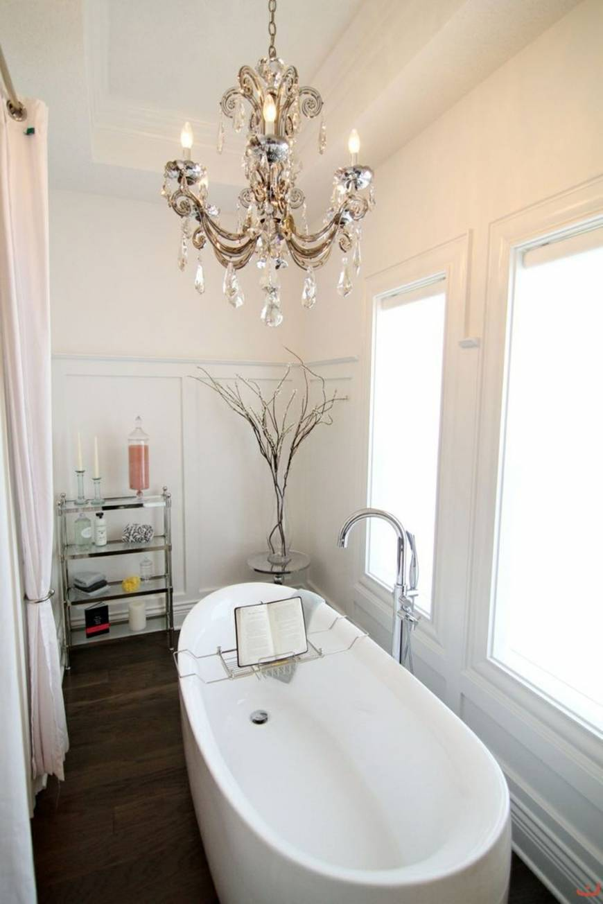 Simple-Decorations-that-Will-Give-Your-Bathroom-a-Luxurious-Vibe-Picture
