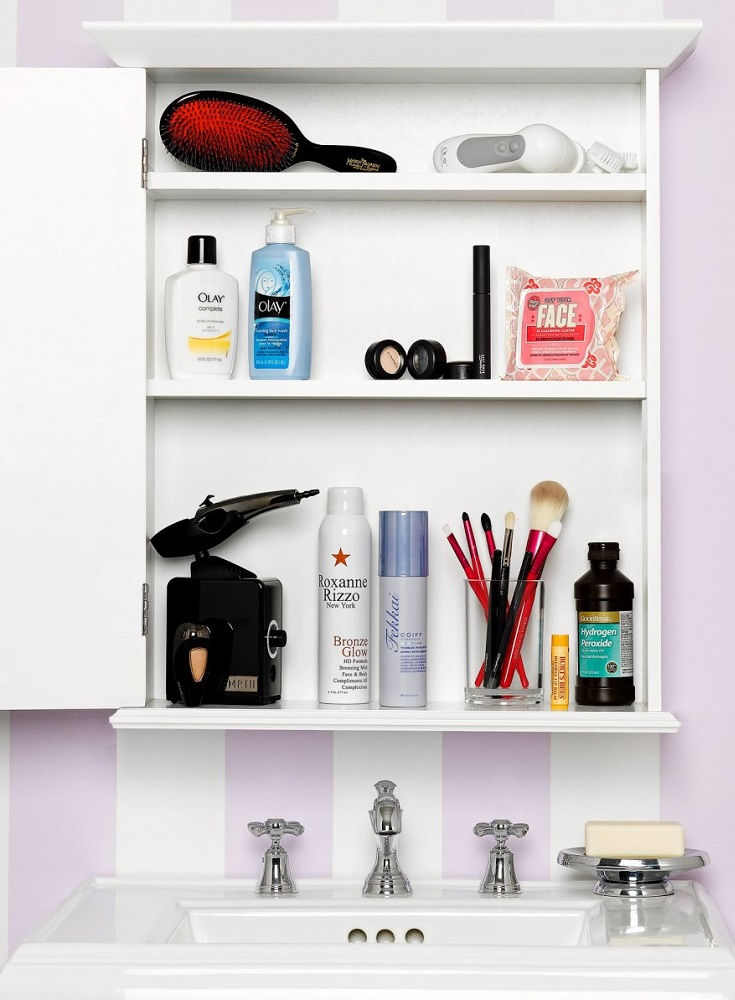 How To Organize A Small Bathroom In Simple Steps - How to organize a small bathroom