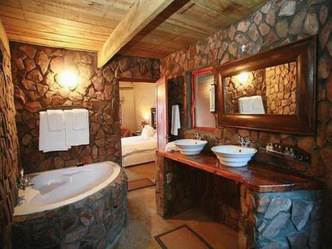 How to decorate a Bathroom in a Rustic Style Picture