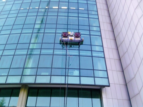 The Innovations in High Rise Window Washing Picture
